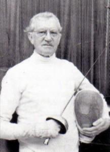 Martin padre de la orientación española. Llegó a Madrid en 1960 como entrenador de esgrima.